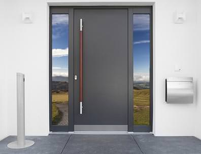 Die Richtige Eingangstür Für Ihr Haus Muss Viele Anforderungen Erfüllen:  Sie Sollte Einbruchssicher Aber Trotzdem Leicht Zu öffnen Sein, Einladend  Aussehen ...